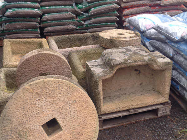 Heritage Builders Merchants Ltd. 600 x 450 Stoneware & Garden Tubs